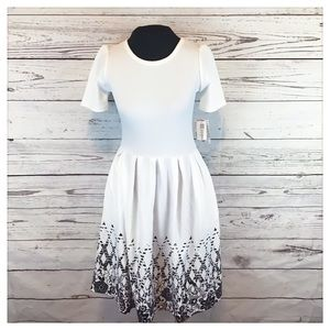 NWT LuLaRoe white and black Amelia dress